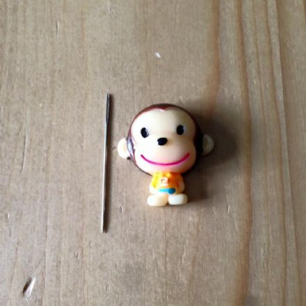 Monkey Needle Minder